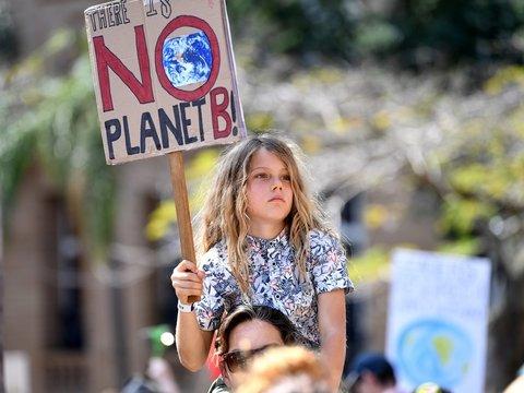 Грета Тунберг достучалась: мир бастует против загрязнения планеты (фото, видео)