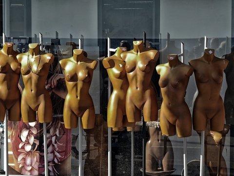 Победа! — Женщины Колорадо смогут гулять с голой грудью в общественных местах