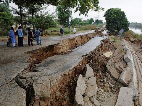 В Кашмире гибнут люди. На этот раз из-за погоды (фото, видео)