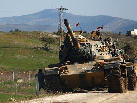 Турция начала военную операцию в Сирии с воздушного обстрела. Курды отвечают