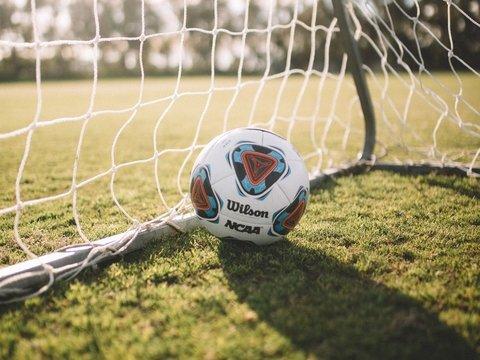 Северная и Южная Корея впервые за 30 лет мирно поиграли в футбол