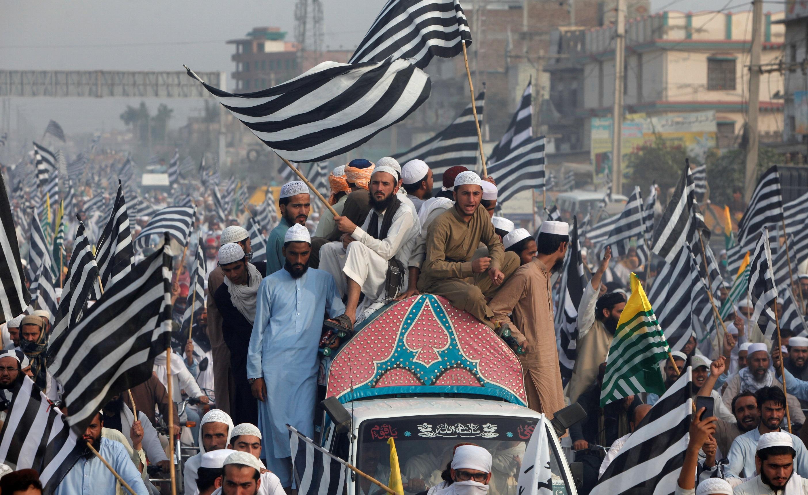 Люди требуют прекратить делить Джамму и Кашмир