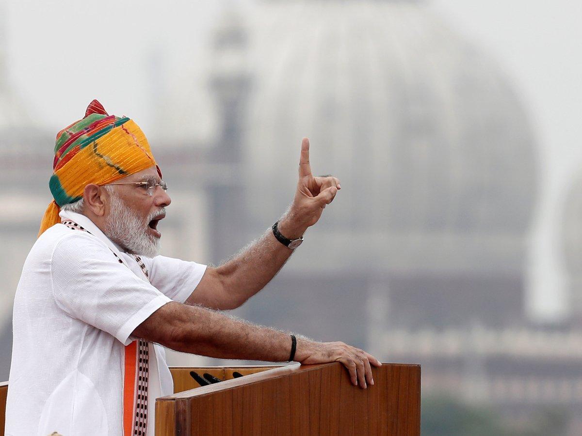 Разделяй, объединяй и властвуй: Индия разделила Джамму и Кашмир