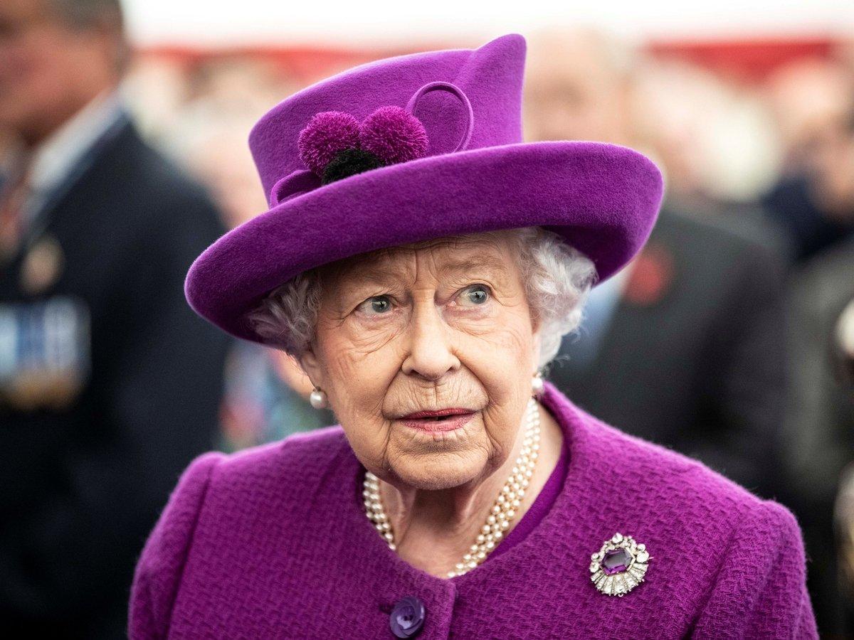 Венера без мехов: Королева английская отказалась от меха животных