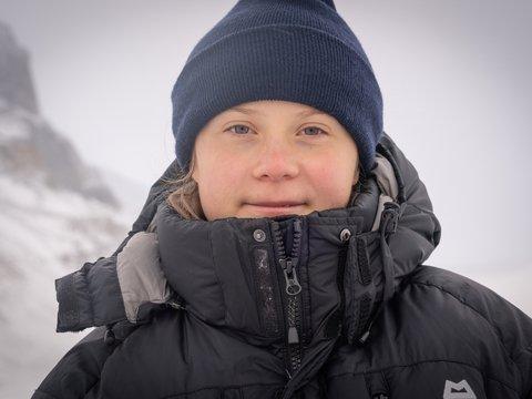 Грета-путешественница: самую юную экоактивистку посчитали гостьей из прошлого