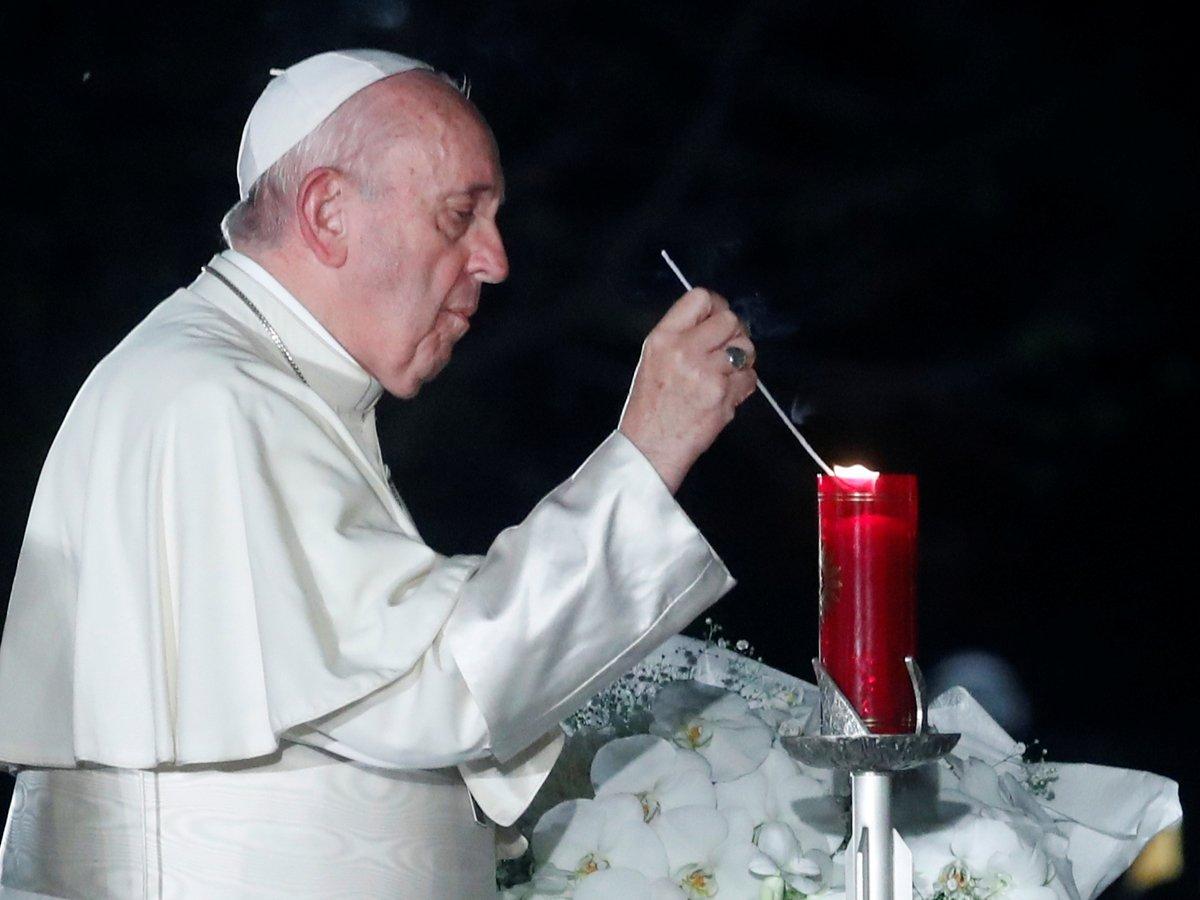 Папа Римский против ядерного оружия — нужно заботиться об экологии, а не воевать