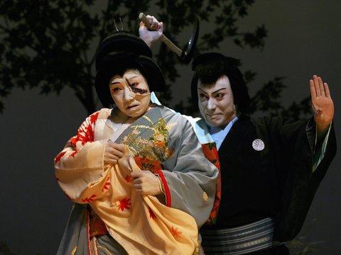 """Самураи со световыми мечами: театр кабуки поставит пьесу """"Звёздные войны"""""""