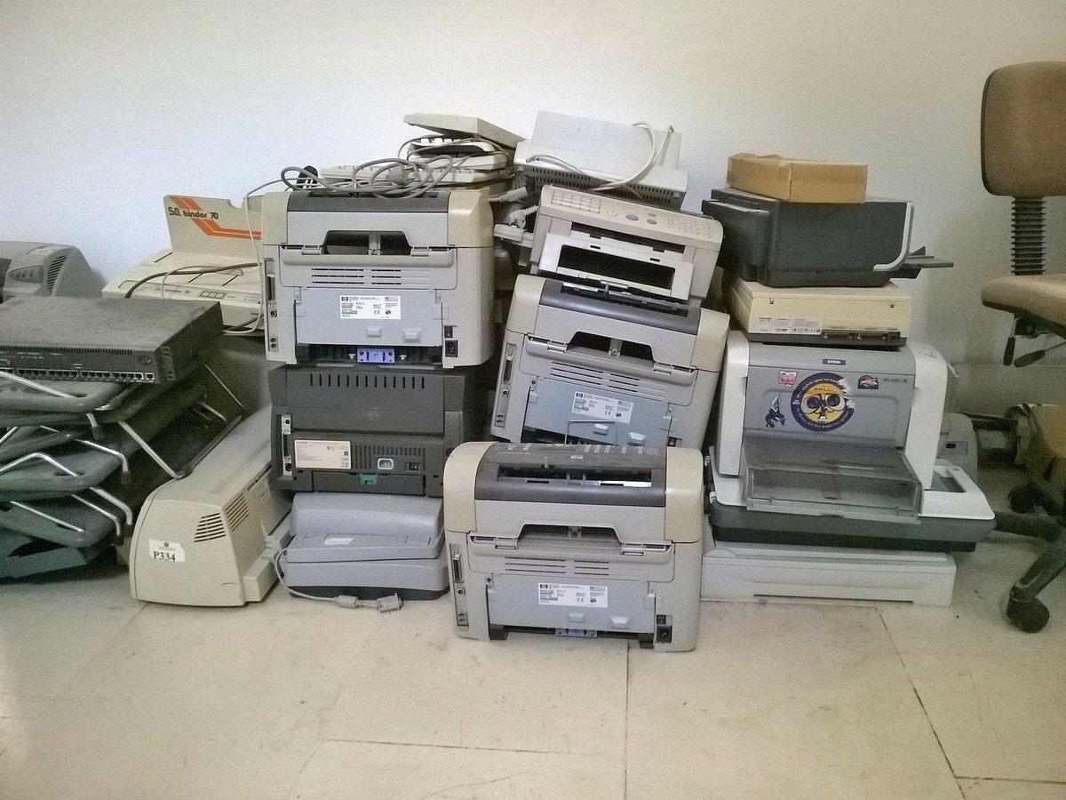 Как парламент Ирландии покупал принтер: дорого, долго и очень сомнительно