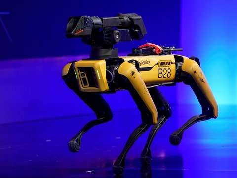 Полиция США начала использовать робопсов. Общественность им не доверяет