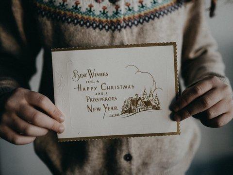 В Лондоне в рождественских открытках нашли письмо из китайской тюрьмы