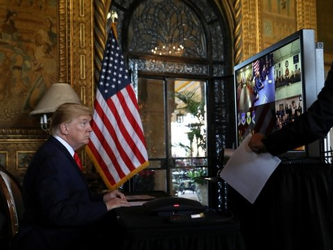 """""""Один дома 2"""" без президента: в Канаде Дональда Трампа вырезали из фильма"""