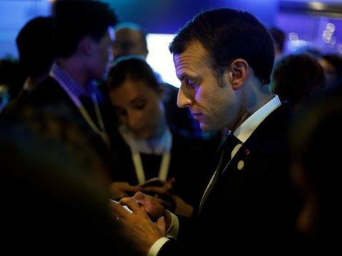 Французское правительство заберётся в телефоны граждан ради налогов