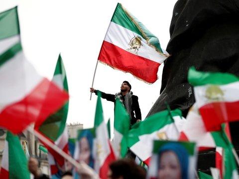 Снова Иран: теперь там ненавидят не США, а собственное правительство (видео)