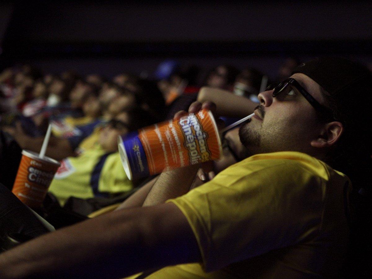 Учимся на кинофильмах — как себя вести при вспышке коронавируса?