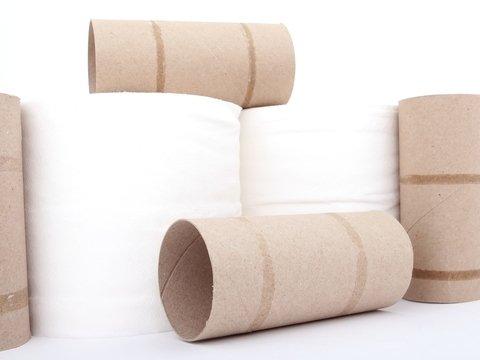 Коронавирус довёл: в Гонконге грабители похитили 600 рулонов туалетной бумаги