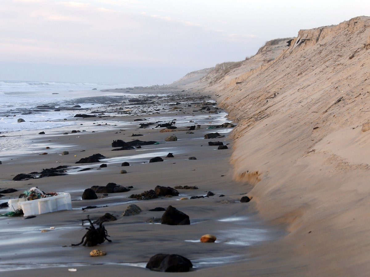 Никакого загара у моря — уже скоро: пляжи исчезают