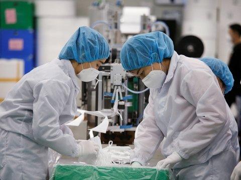 В Китае придумали маску для носа, чтобы за обедом не бояться коронавируса