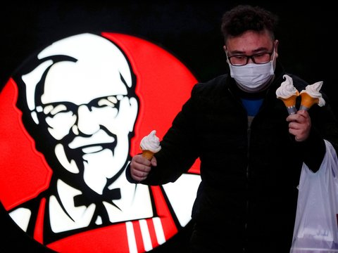 Пальчики не оближешь: из-за коронавируса KFC остановила рекламную кампанию