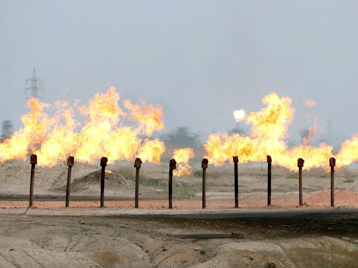 Сделка ОПЕК+ и России вступила в силу: нефть начала дорожать