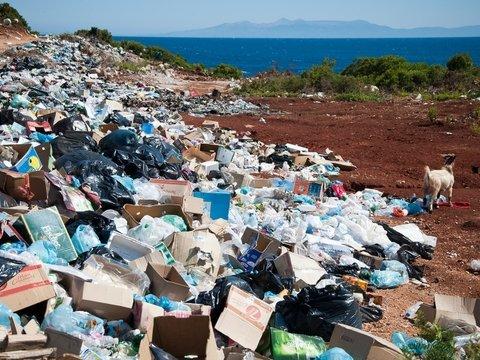 Забудьте о чистых пляжах Турции. Нет, дело не в COVID — страна тонет в мусоре