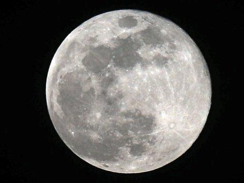 Моча космонавтов – дешевый и практичный стройматериал для лунной базы