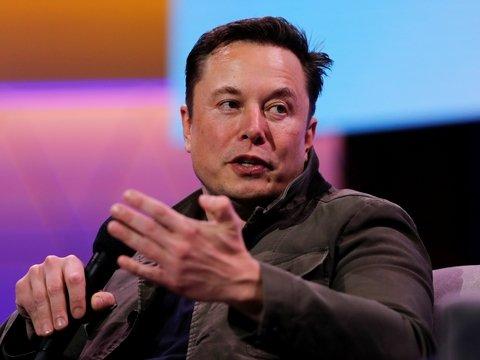 Илон Маск и Граймс изменили имя сына, но понятнее оно не стало