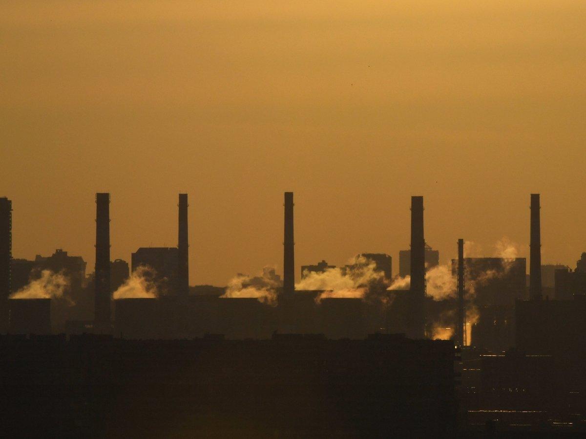 Идём на рекорд! — В России резко увеличилось количество загрязнений в воздухе