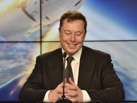 Илон Маск победил: SpaceX впервые доставит астронавтов на МКС