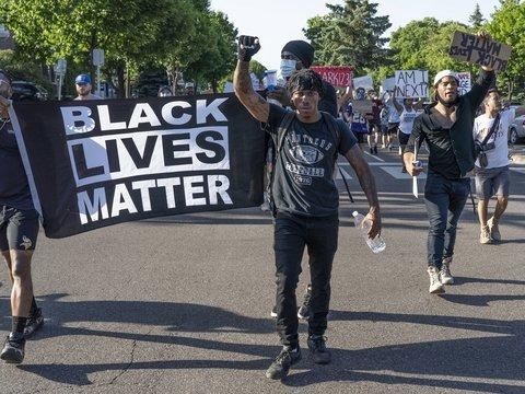 Почему в США снова громят города из-за смерти афроамериканца
