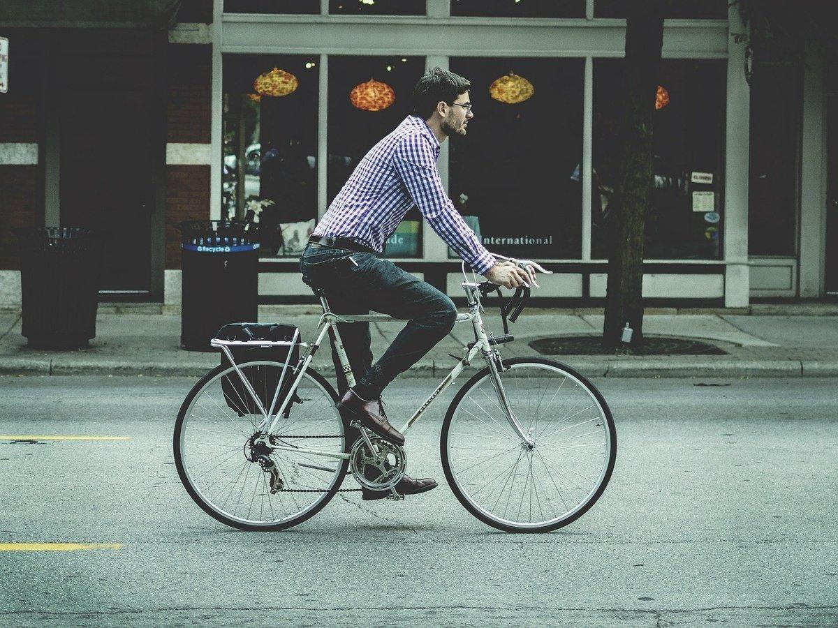 COVID-19 сделал велосипеды самым популярным видом транспорта (видео)