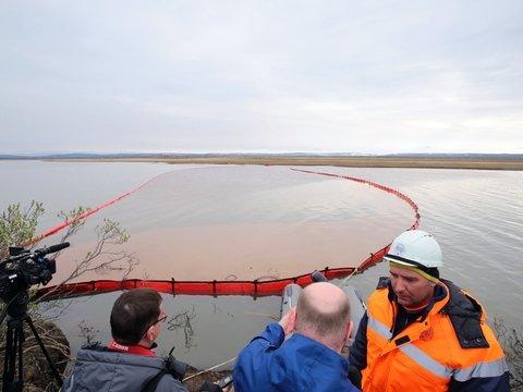 В Норильске разлили 21 000 м³ топлива. Объявлена ЧС федерального масштаба (фото)