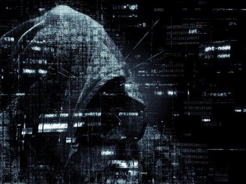Россию обвиняют в хакерской атаке и краже данных о вакцине от COVID-19