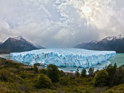 Менее чем за 30 лет на Земле растаяло 28 триллионов тонн льда