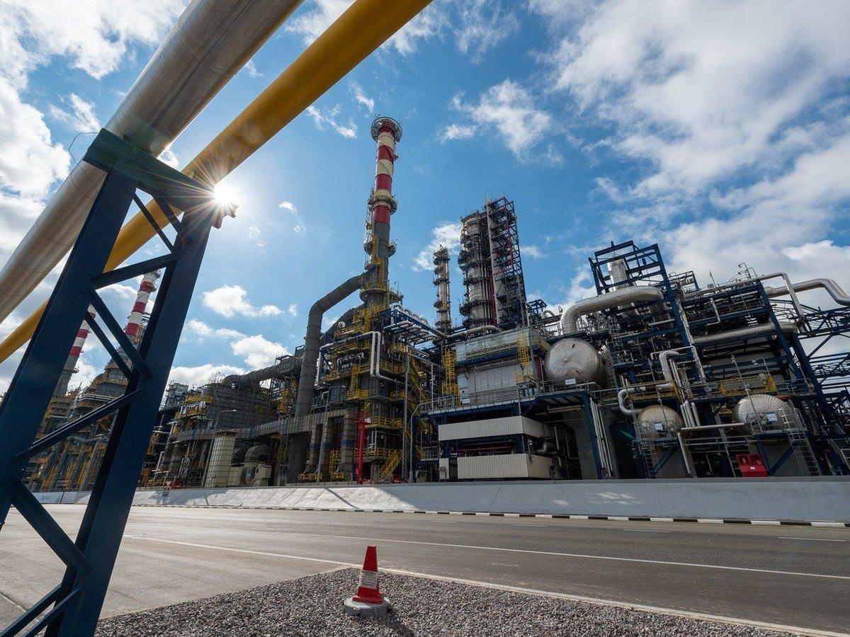 """Китай отказался финансировать мегапроекты """"Газпрома"""" и покупать российский уголь"""