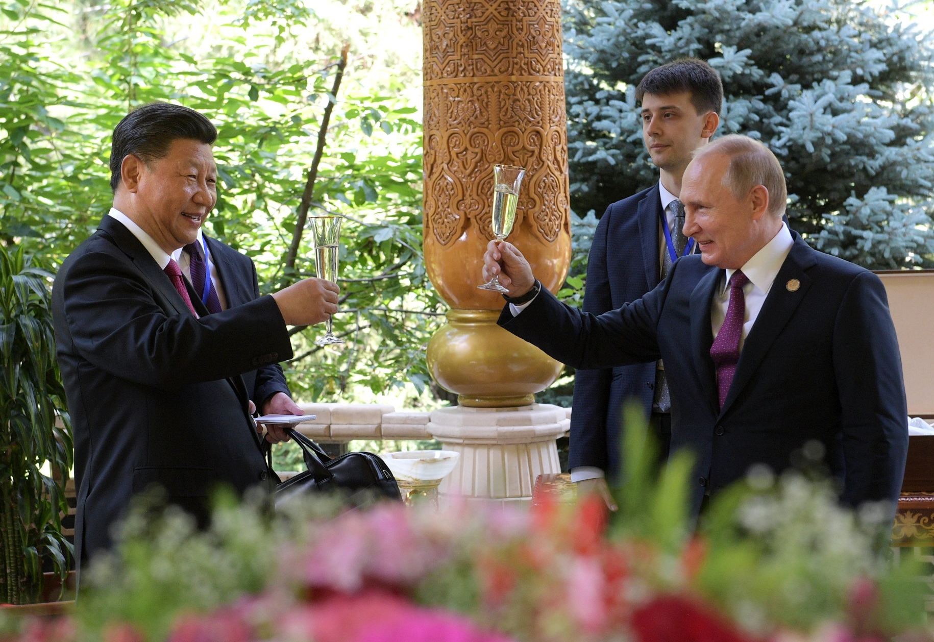 У Владимира Путина и Си Цзиньпина всё хорошо