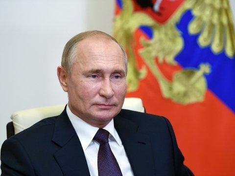 Интервью Владимира Путина: президент — о новой вакцине, Белоруссии и экономике