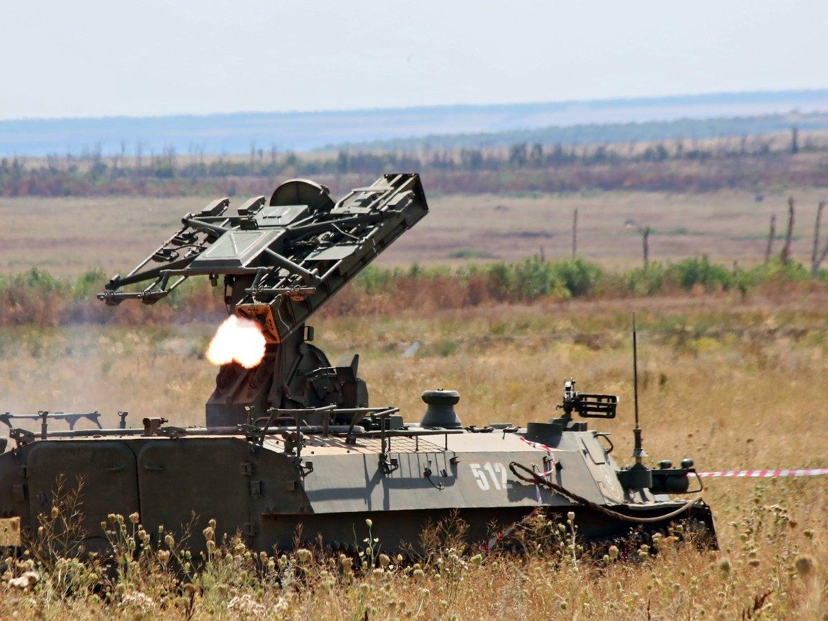 Обострение на Донбассе: после угроз ДНР Украина позвала на помощь Россию и ОБСЕ