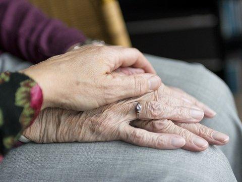 В Финляндии выяснили, что люди стареют медленнее. Но от этого не легче