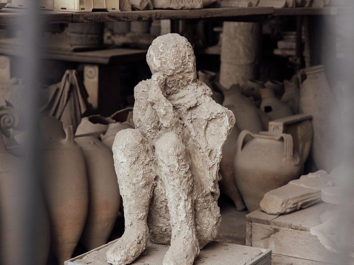 Туристка вернула украденные артефакты из Помпей, чтобы избавиться от проклятия