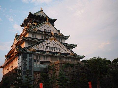 Японские школьники в пандемию продолжают ездить на экскурсии. Только онлайн