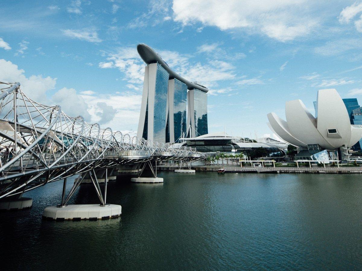 Для отправки туристов в космос на Земле построят городские плавучие базы
