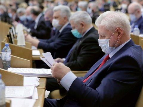 Быстрее, выше, больше: Госдума приняла кучу поправок в законы