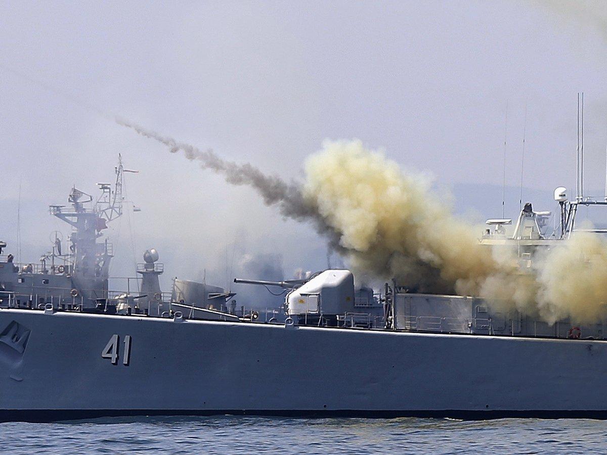 НАТО подошёл к границам России: у альянса учения в Чёрном море