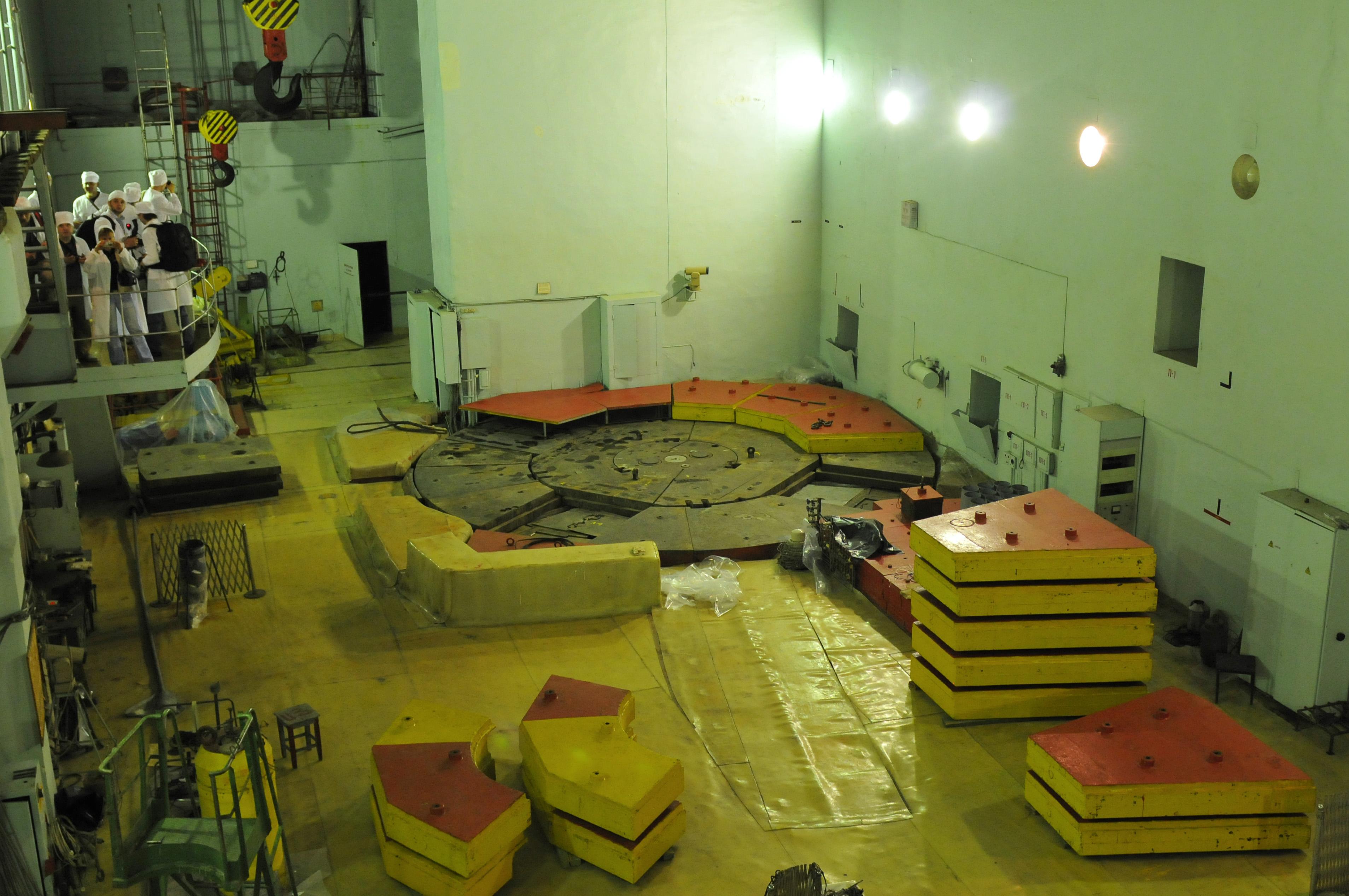 Реакторный зал Обнинской АЭС