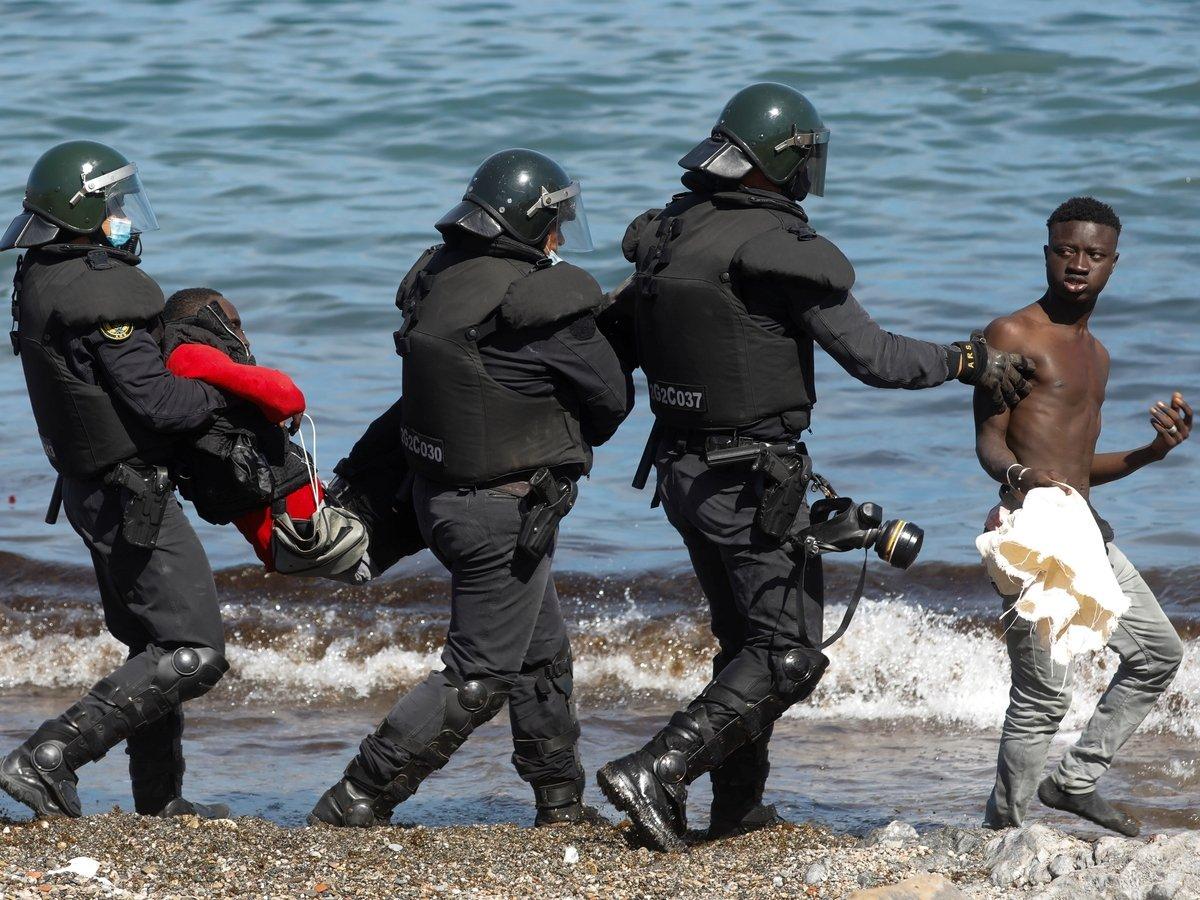 Шантаж нелегалами: как из-за ссоры Испании и Марокко в Европу хлынули мигранты