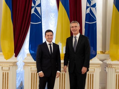 Ждут ли Украину в НАТО?
