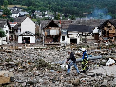 Великое наводнение в Германии: как глобальное потепление топит Европу