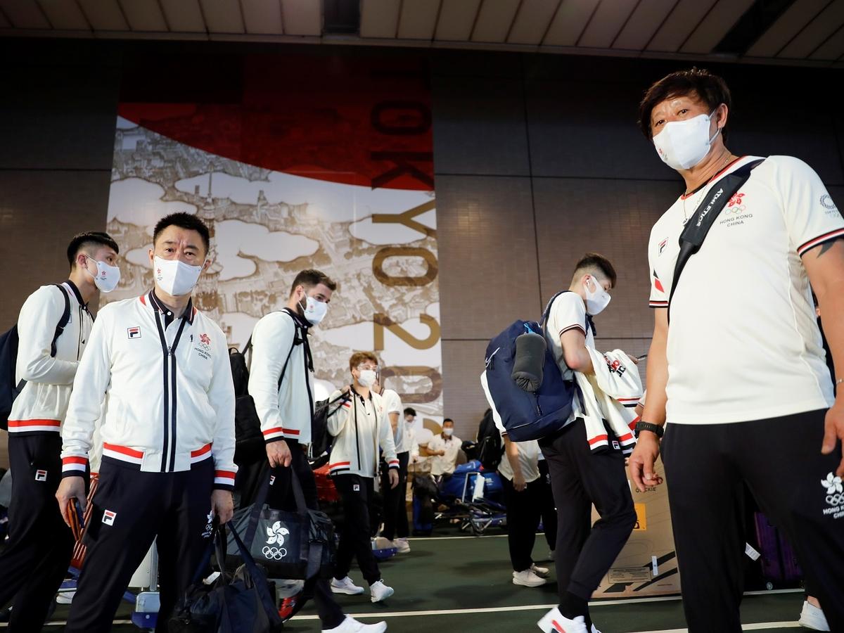 """""""Антисекс"""" кровати, кукла-гигант и летающая голова: в Токио готовы к Олимпиаде"""